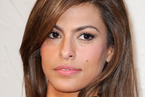 Eva Mendes denies plastic surgery accusation left on her Instagram post: 'My little ones need me'