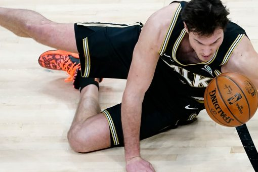 Gallinari hits team-record 10 3s, Hawks rout Celtics 127-112