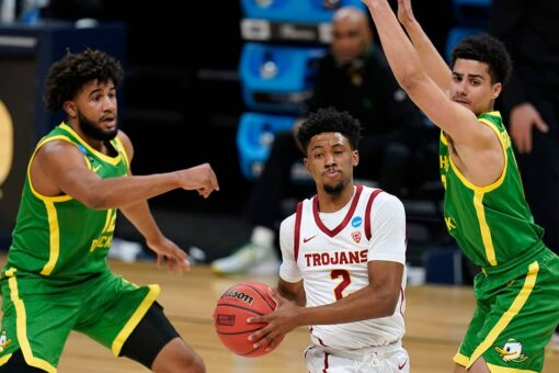 USC shuts down Oregon 82-68 to end 20-year Elite Eight wait