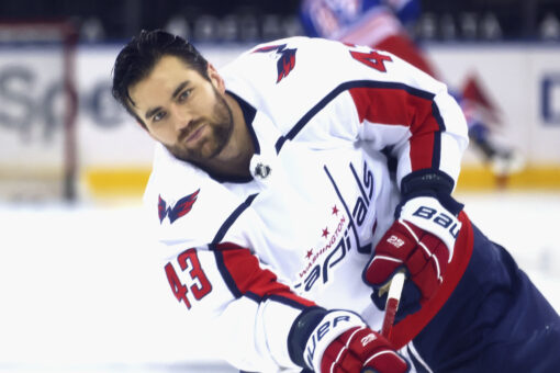 Capitals' Tom Wilson leaves game against Rangers early with injury after first period brawls; fans speculate